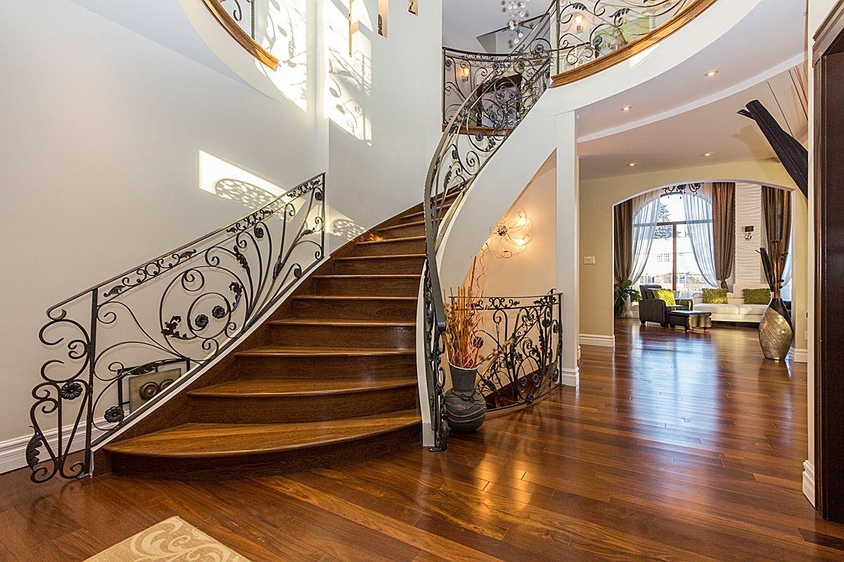 Escalier cintré – Beaconsfield